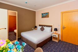 Metro City Hotel - Economy Double Room