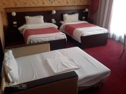 Alp Inn Hotel - Triple Room with City View