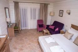 River Inn Boutique Hotel - Deluxe double room with balcony