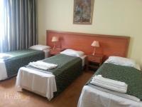 Карвансарай Отель - Стандартный трехместный номер