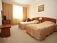 Atlant Hotel - Three-Bedroom Cottage