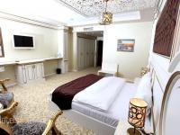 Opera Hotel - Standard Single Room