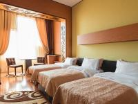 Bayil Inn - Standard Triple Room with Sea View