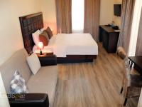 Passage Boutique Hotel - Deluxe Double Room with Balcony