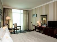 Ramada Baku Hotel - Queen Room with Sea View - Smoking