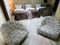 Sharq Plaza Hotel - Triple Room