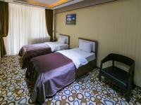 Sharq Plaza Hotel - Family Room