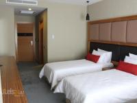 SKY hotel - Standard Twin Room
