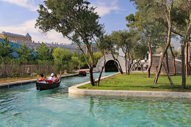 Баку попал в рейтинг самых романтичных городов СНГ