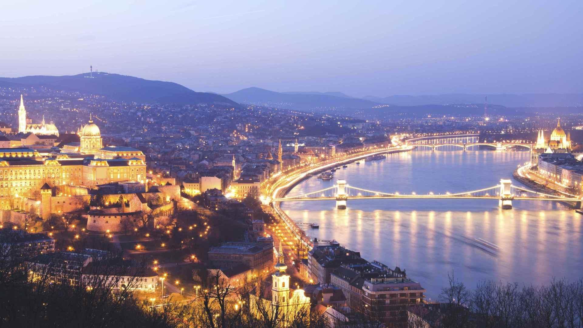 Европейские города наиболее посещаемы азербайджанцами летом