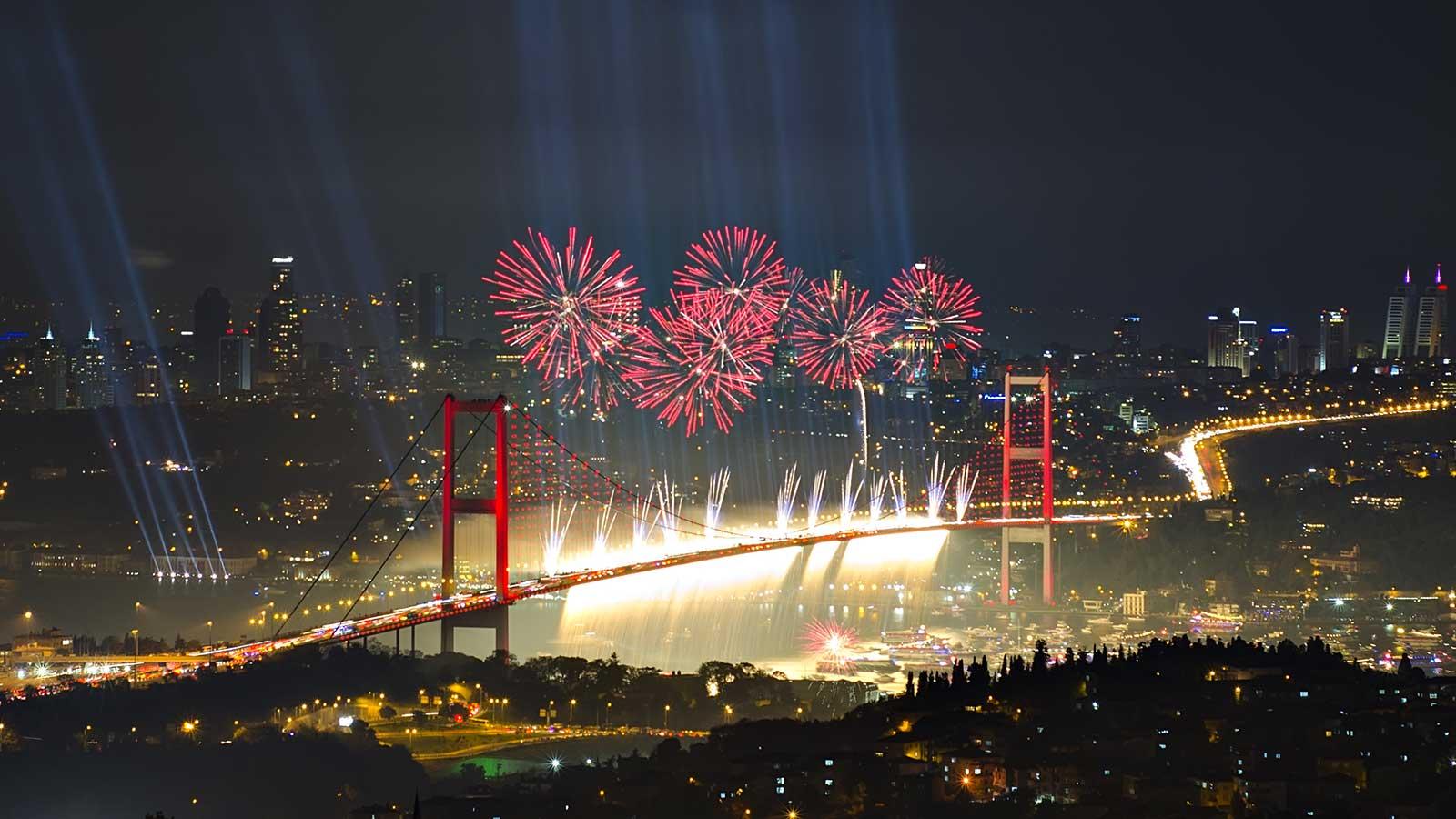 Плюсы Нового года в Стамбуле