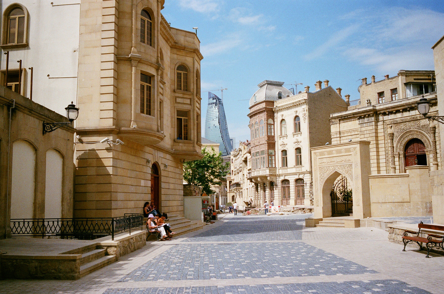 Baku guide from local residents