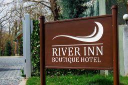 River Inn Бутик отель