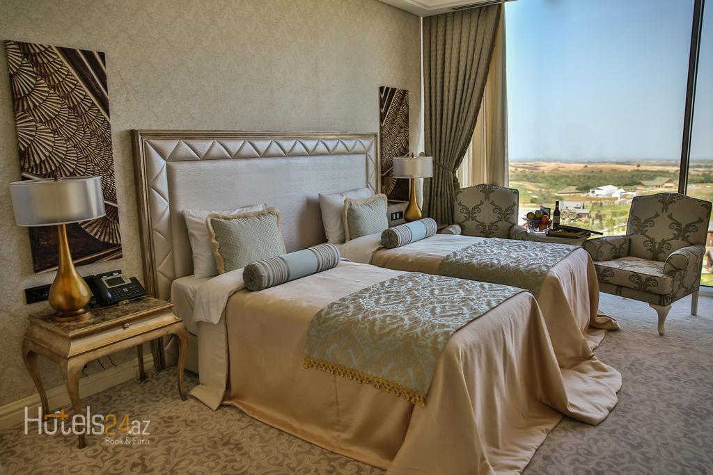 Губа Палас Отель Азербайджан - Двухместный номер Делюкс с 1 кроватью или 2 отдельными кроватями и видом на озеро