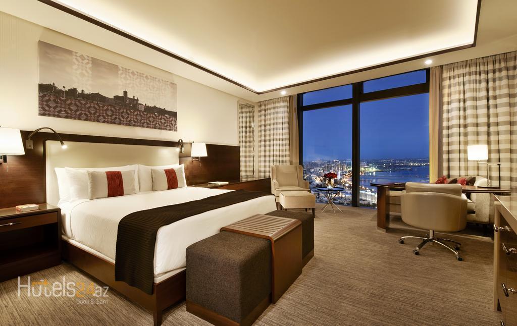 гостиница Fairmont Baku, Flame Towers - Номер Делюкс с кроватью размера «king-size», вид на Каспийское море