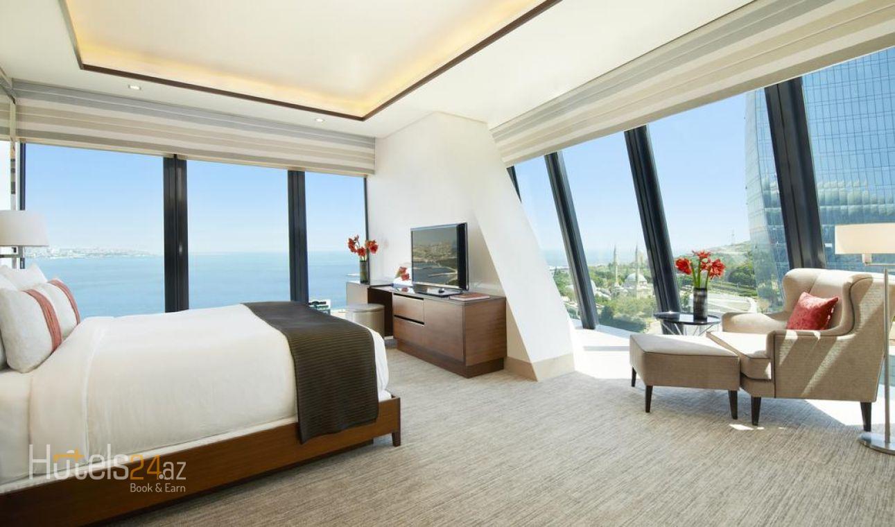 Люкс с 1 спальней с кроватью размера